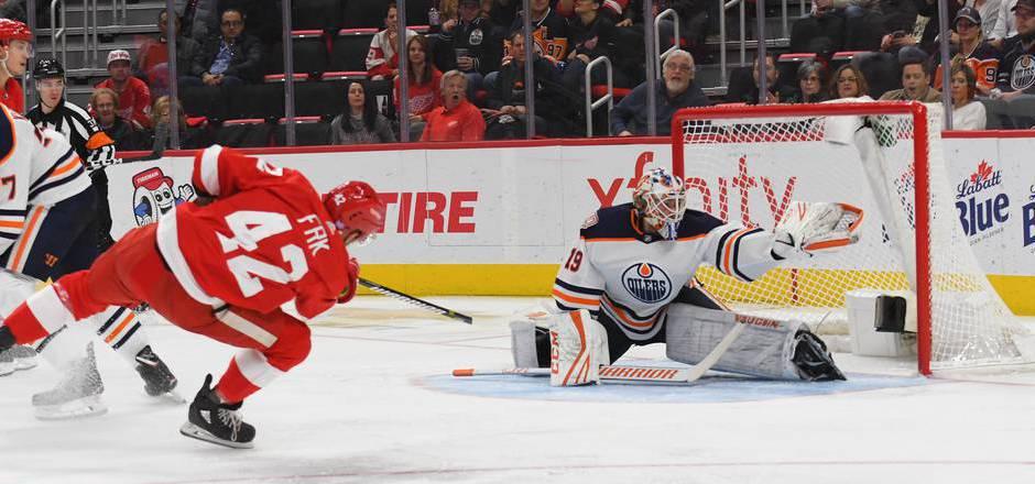 Goalie Mikko Koskinen hielt den Sieg für die Oilers fest.