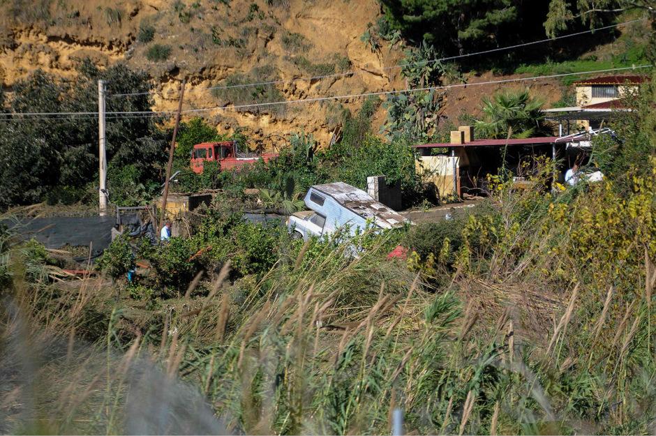 Nach dem tödlichen Zwischenfall auf Sizilien kommen auch illegale Bautätigkeiten ans Tageslicht.