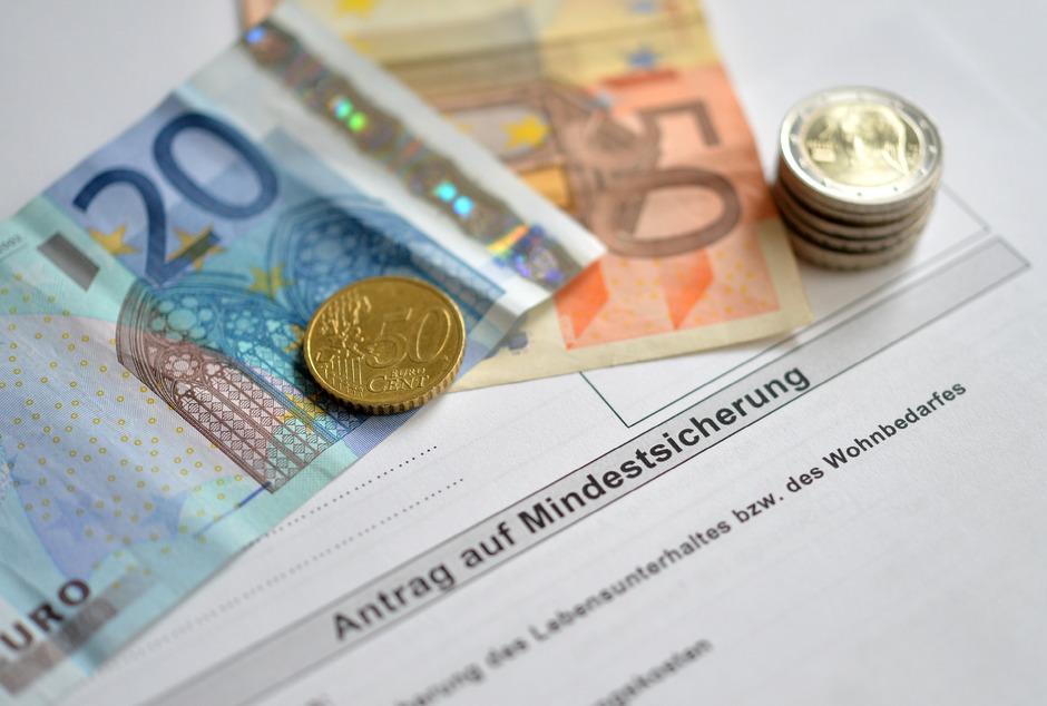 ÖVP und Grüne einigten sich auf Einschnitte in Etappen bei der Mindestsicherung.