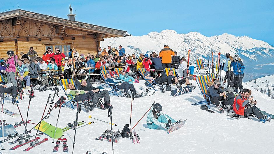 Hoffen auf eine erneut starke Wintersaison: Tirols Touristiker und Seilbahnen haben jedenfalls mit dreistelligem Millionenaufwand aufgerüstet.