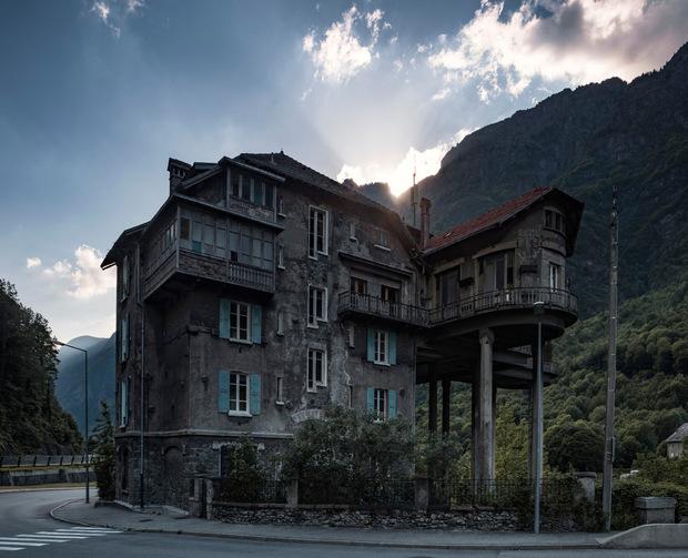1962 zählte die französische Gemeinde Livet-et-Gavet 2735 Einwohner, 2015 waren es nur noch 1296. Der Ort, der aus drei Bergdörfern besteht, liegt im Romanche-Tal, rund 35 Kilometer von Grenoble entfernt.
