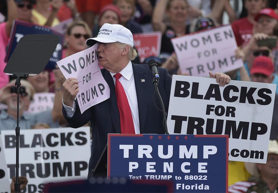 2016 stimmte noch ein erheblicher Teil der weiblichen Wählerschaft für Trump. Am Dienstag könnten die Republikaner bei Wählerinnen herbe Verluste einfahren.