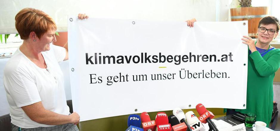 Initiatorin Helga Krismer (l.) hofft auf breiten Zuspruch.