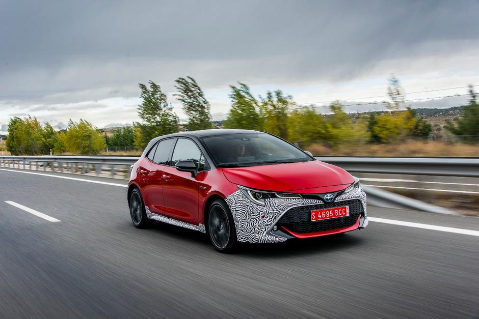Der Corolla ist zurück – neben dem neuen alten Namen auch wieder mit selbstbewussterem Look.