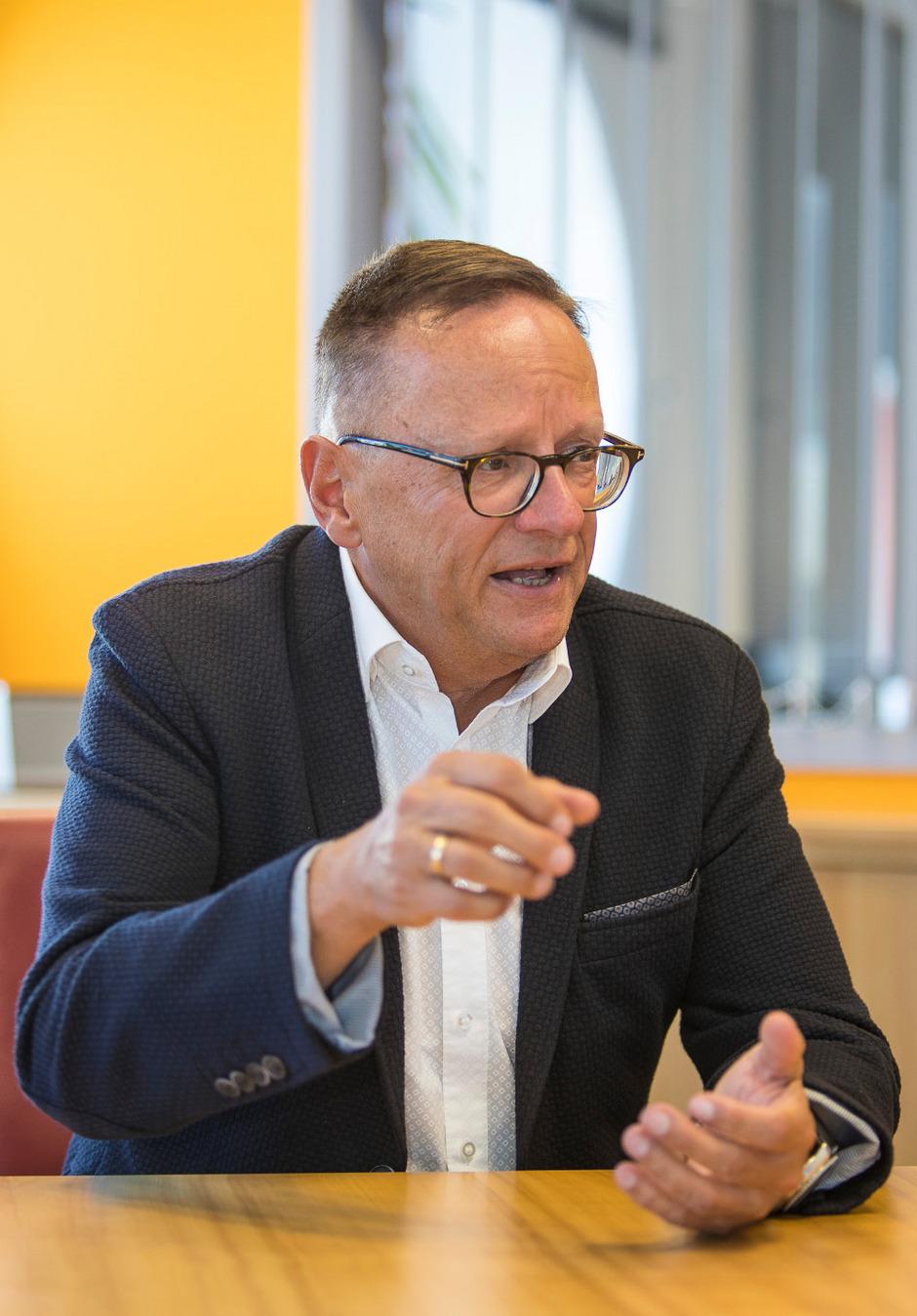 Media Markt Club Kartennummer Finden.Media Markt Chef Fachhandel Wird Immer Weniger Tiroler