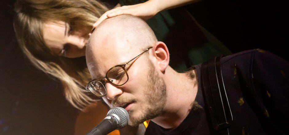 Seine Haare ließ Jo Stöckholzer live bei seinem Abschiedskonzert im Treibhaus.