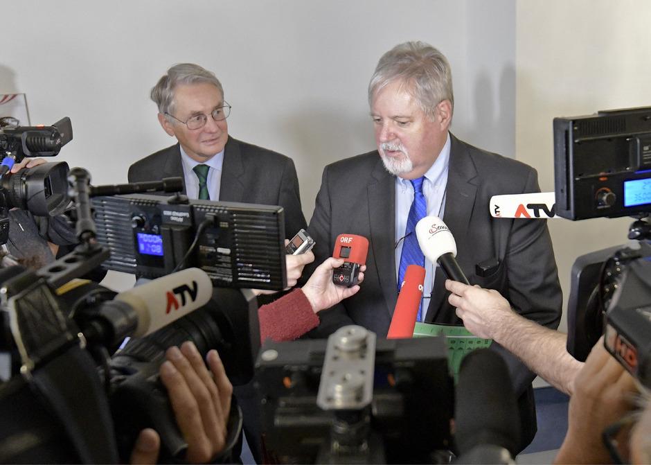 BVT-Chef Peter Gridling am Mittwoch nach seiner Befragung im Rahmen einer Sitzung des BVT-U-Ausschusses im Parlamentsausweichquartier in der Hofburg in Wien.