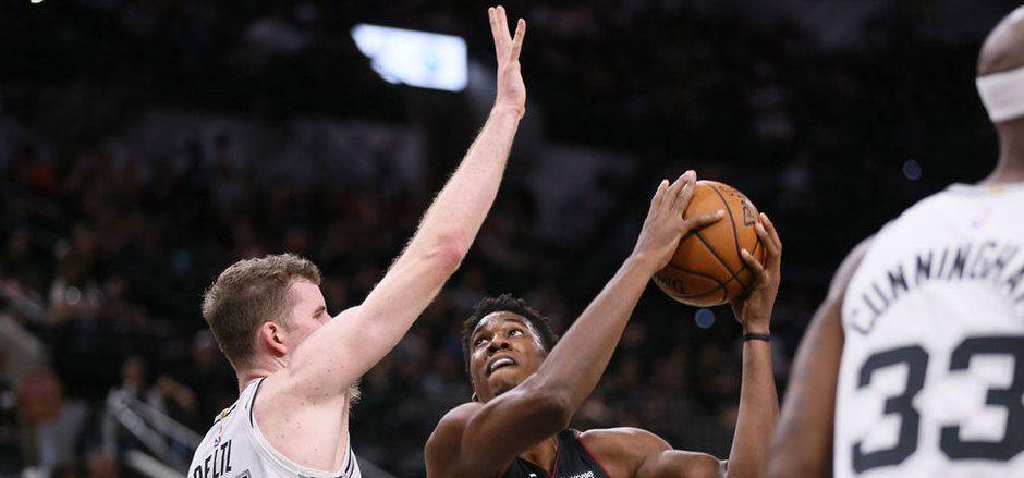 Österreichs Basketball-Export Jakob Pöltl in Aktion.