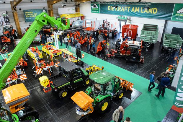 Mehr als 300 Aussteller präsentieren die neueste Technik auf der Agro Alpin-Messe.