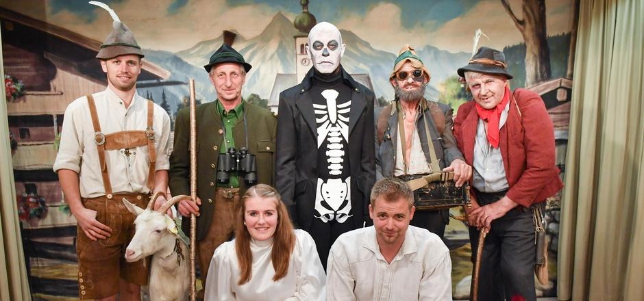 Das Ensemble der Bundesmusikkapelle bringt im Dezember wieder das Reither Nikolausspiel auf die Bühne.