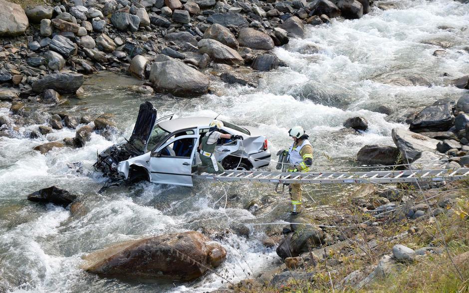 Laut Informationen der Polizei blieb der Lenker unverletzt.