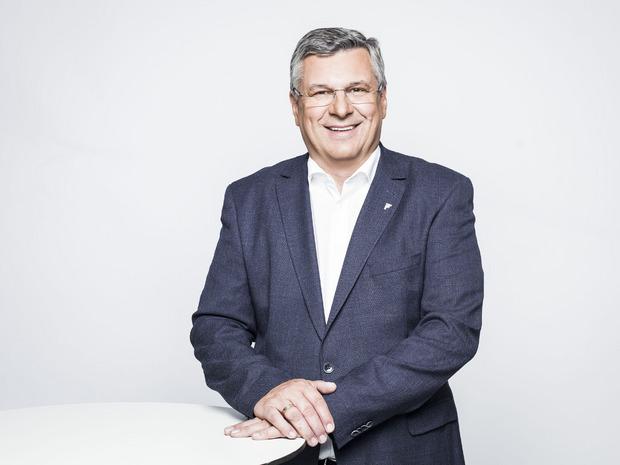 Landecks Wirtschaftskammerchef Toni Prantauer freut sich über positive Zahlen.
