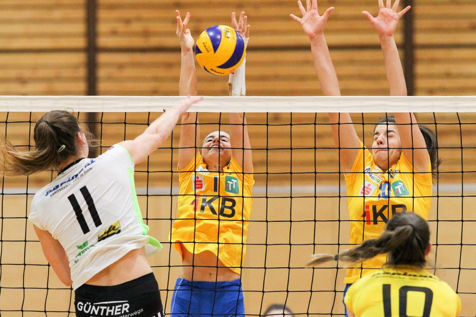 Die Damen des VC Tirol streckten sich vergebens: Gegen Linz/Steg unterlagen die Innsbruckerinnen mit 1:3.