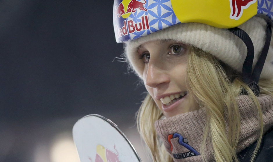 Anna Gasser sorgt mit ihrem Triple-Sprung für Aufsehen.