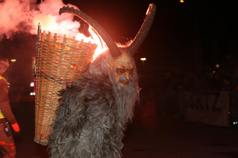 Teuflische Krampus-Show: Zams im feurigen Inferno