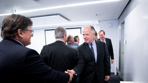 PRO-GE-Chef Rainer Wimmer (l.) und Veit Schmid-Schmidsfelden, Verhandler auf Arbeitgeberseite.