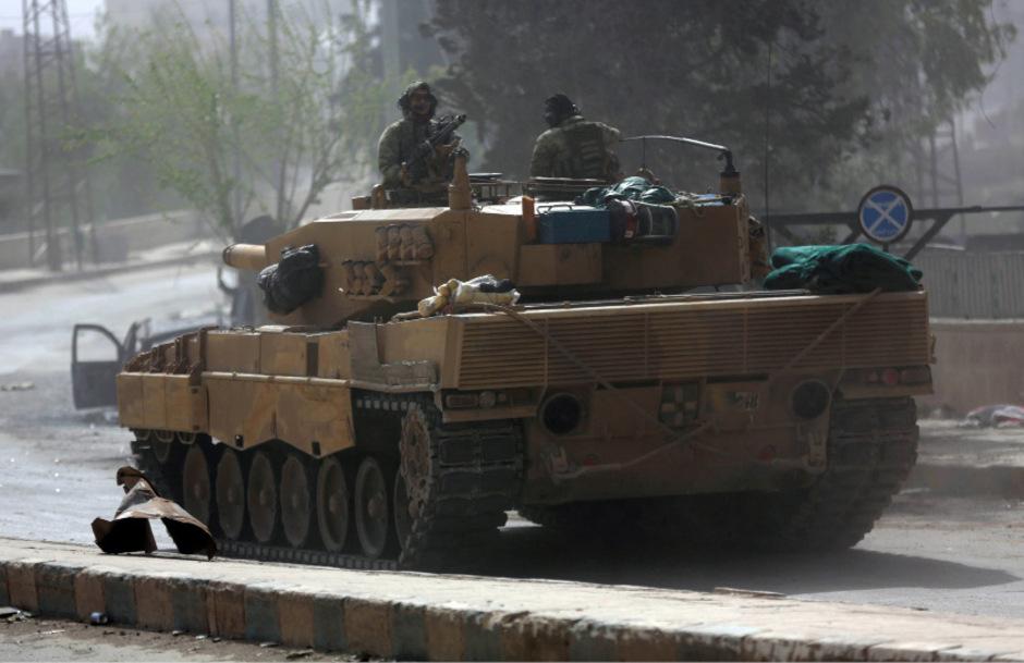 Ein türkisches Militärfahrzeug im syrischen Afrin. (Archivbild)
