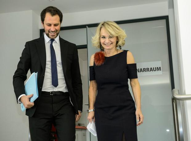 Blanik gab nach Sitzung des Landesparteivorstandes ihren Rücktrit und die Übergabe an Georg Dornauer bekannt.