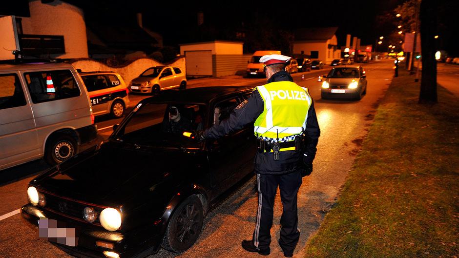 Im Schnitt erwischt die Polizei vier Lenker pro Tag, die keine gültige Lenkberechtigung haben. (Symbolfoto)