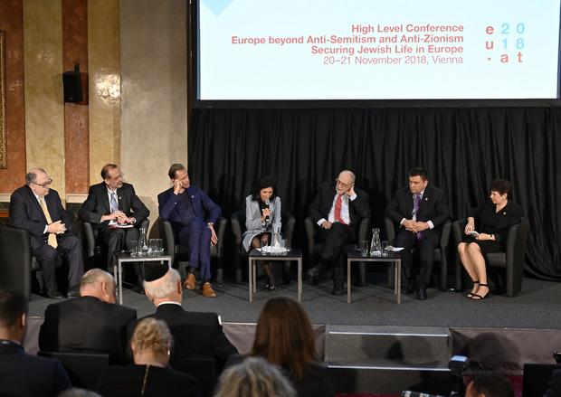 Teilnehmer der Konferenz in Wien.