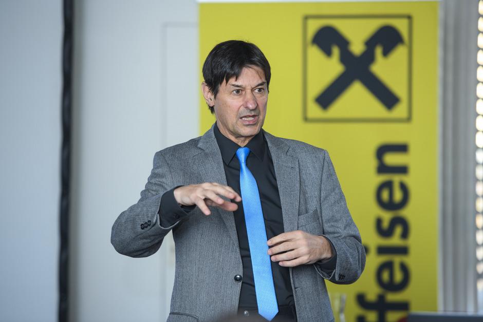 """""""Italiens Finanzierung hängt nicht vom Leitzins ab, sondern von Italiens Politik"""", sagt Peter Brezinschek."""
