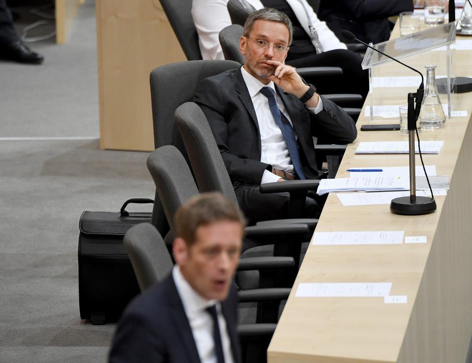 Innenminister Herbert Kickl (FPÖ) ist sich keiner Schuld bewusst.