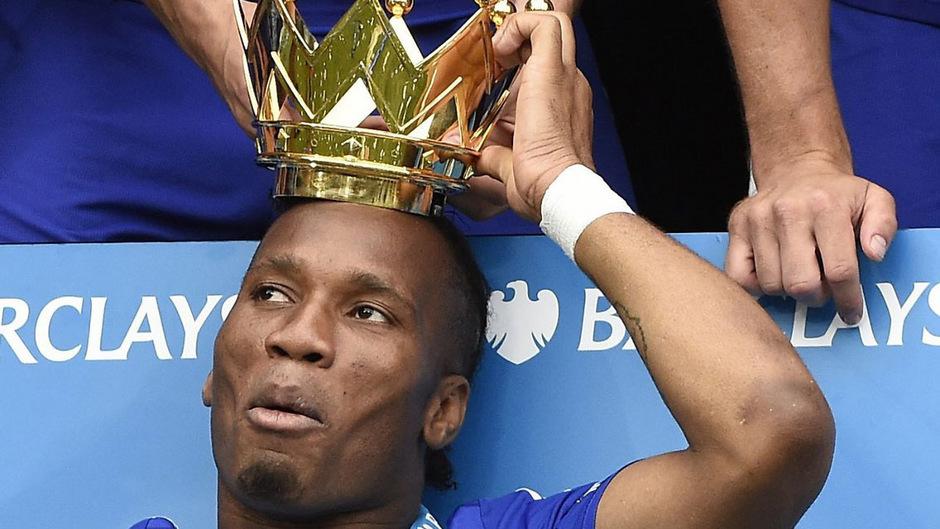 Didier Drogba hängt seine Fußballschuhe endgültig an den Nagel.