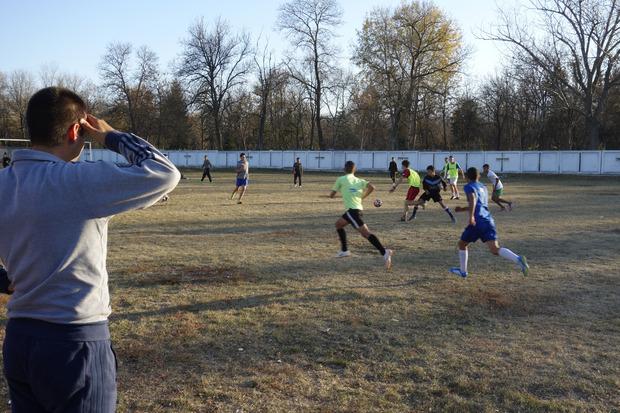 Ivaylo Stoimenov trainiert die Concordia-Fußballmannschaft.