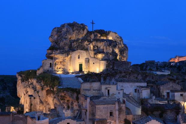 Die in den Felsen geschlagenen Wohnungen und Kirchen sind Weltkulturerbe.