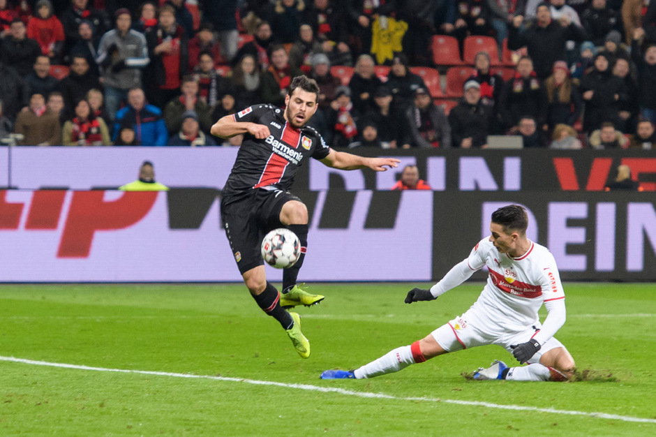 Leverkusens Volland in Action.