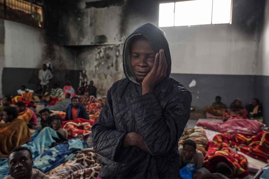 Die Flüchtlingslager in Libyen sind häufig verwahrlost und gleichen Gefängnissen.