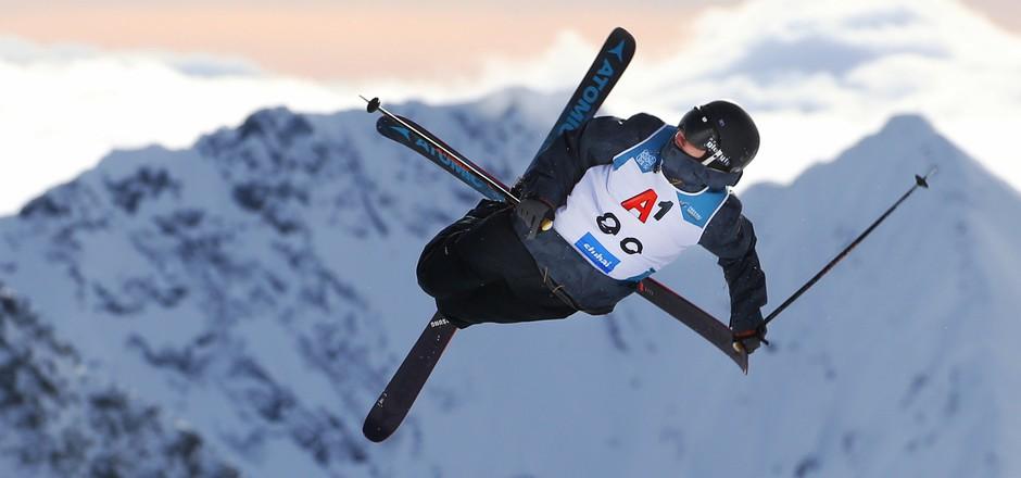 Die Fans sahen spektakuläre Sprünge beim Freeski-Weltcup am Stubaier Gletscher.