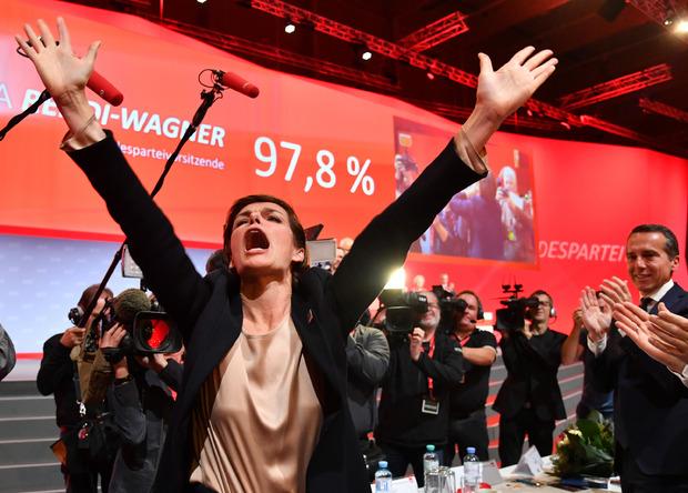 Emotional: Die neue SPÖ-Chefin jubelte nach ihrer Wahl.