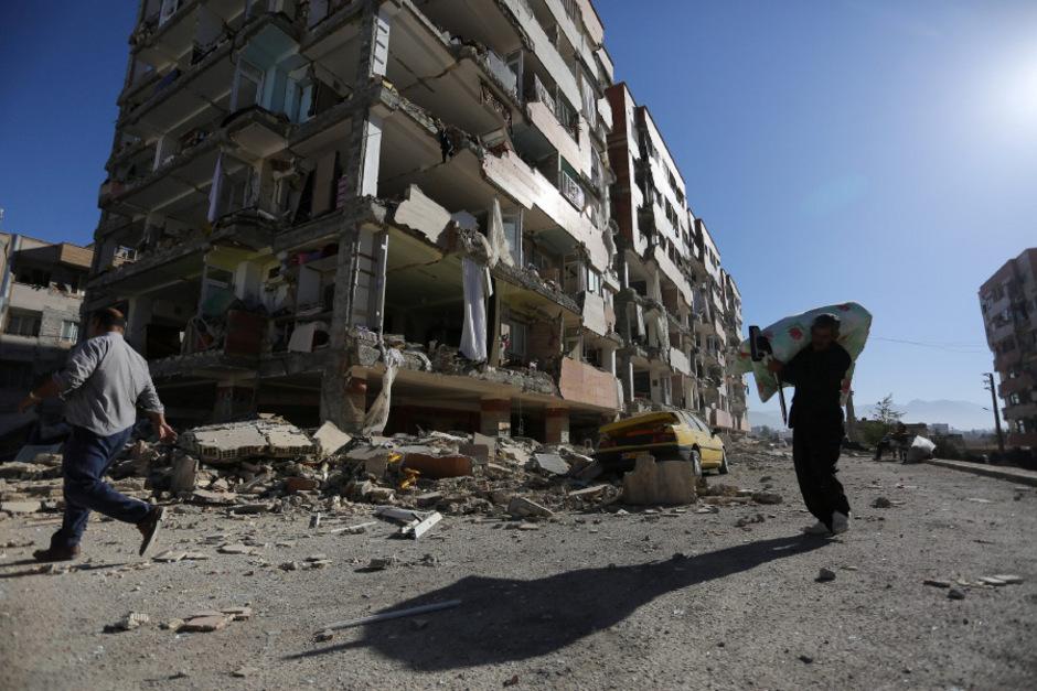 Im November vergangenen Jahres starben bei einem Beben der Stärke 7,3 in derselben Region  etwa 620 Menschen, mehr als 12.000 weitere wurden verletzt. (Archivfoto)