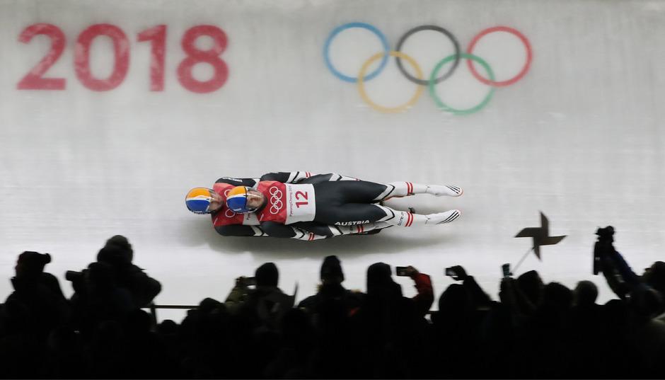 Thomas Steu/Lorenz Koller im Olympia-Eiskanal von Pyeongchang. Der koreanische Eiskanal scheint nicht im Weltcup-Kalender auf.