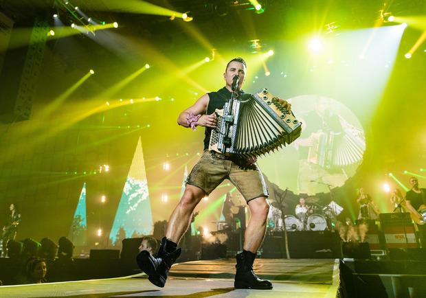 Der Volks-Rocker wird mit seiner Hallentour demnächst auch in Linz, Graz und Dornbirn Station machen.