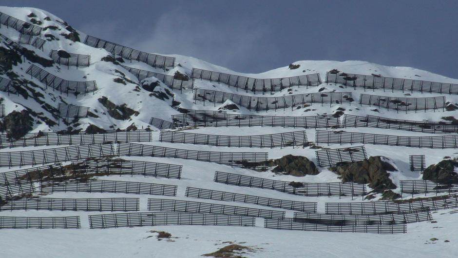 Vertreter des Österreichischen Alpenvereins, des Österreichischen Berg- und Skiführerverbands sowie der Österreichischen Lawinenkommissionen haben gemeinsam mit Schweizer Verbänden und Institutionen die Kandidatur für das Lawinenwissen erarbeitet.