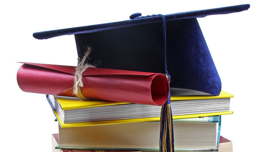 Gefälschtes Diplom 42 Jähriger Ohne Matura Ergaunerte 125000 Euro