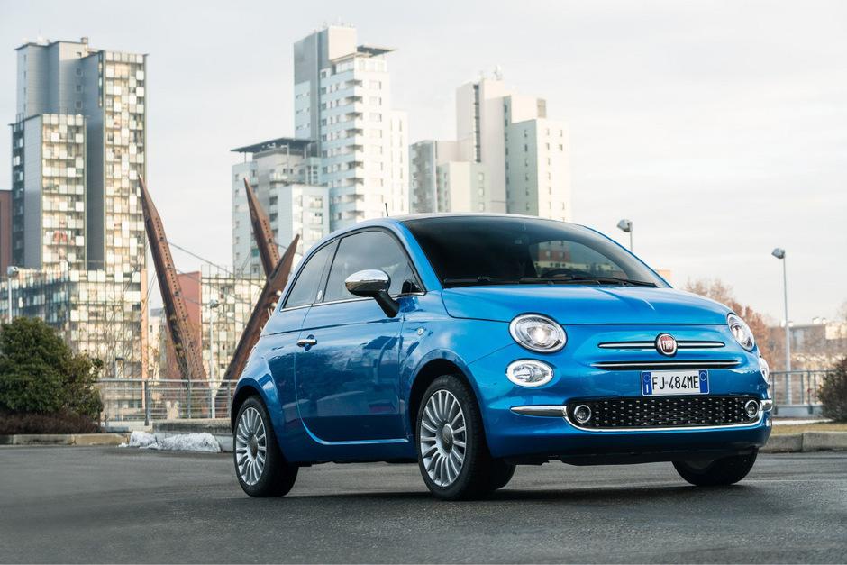 Der Cinquecento (500) von Fiat ist ein bewährtes Erfolgsmodell, eine neue Elektrovariante zeichnet sich ab.