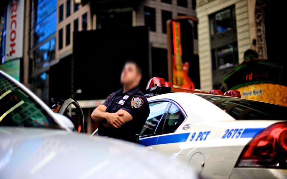 Verlobungsring Verloren New Yorker Polizei Hilft Zum Happy End