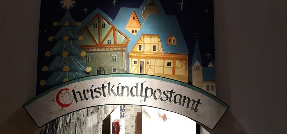 Das Christkindl-Postamt auf Schloss Landeck hat erstmals am Sonntag, 9. Dezember, von 13 bis 16 Uhr geöffnet.
