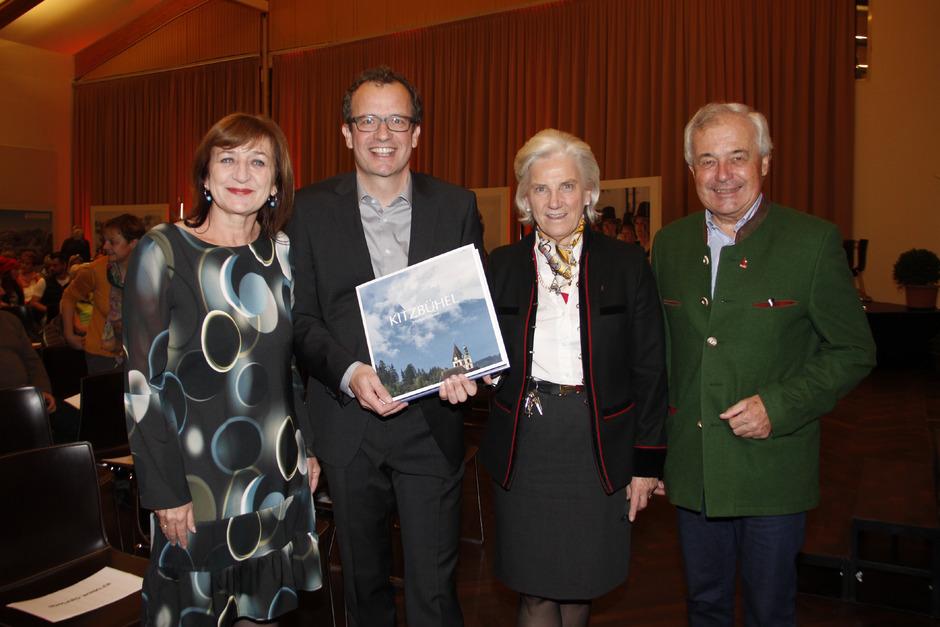 LR Beate Palfrader, Markus Mitterer, TVB-Präsidentin Signe Reisch und Bergbahn-Vorstand Josef Burger (v.l.) bei der Präsentation.