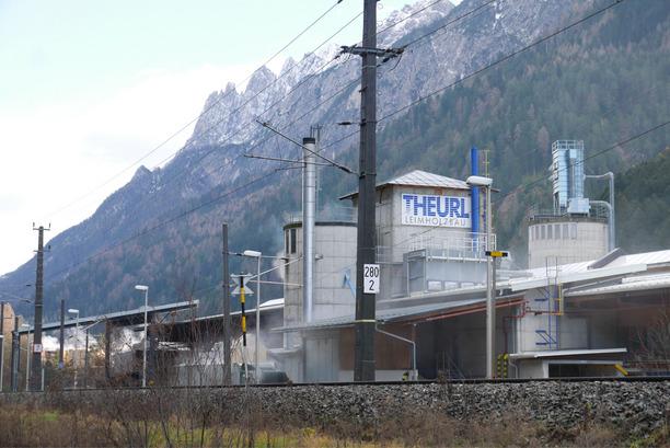 Das Holzindustrieunternehmen Theurl hat seinen Sitz in Thal-Assling.