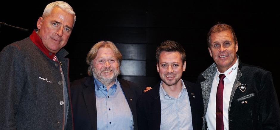 TVB-Obmann Josef Chodakowsky, Martin Kofler (Tourismusabteilung LR), Florian Phleps (Tirol Werbung) und TVB-Direktor Martin Ebster (v.l.) bei der Vollversammlung.