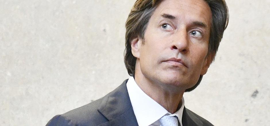 Ex-Finanzminister Karl-Heinz Grasser soll wenige Tage vor Weihnachten im U-Ausschuss befragt werden.
