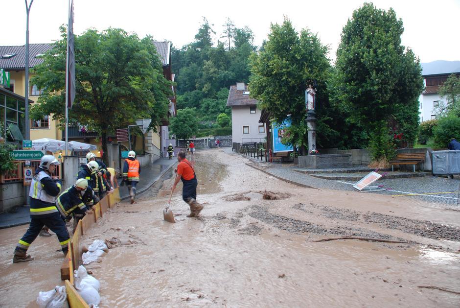 Das Hochwasser Mitte Juli 2016 (im Bild) ist vielen Imstern noch in allzu guter Erinnerung. Der Gefahrenzonenplan der Wildbach- und Lawinenverbauung liegt nun vor.