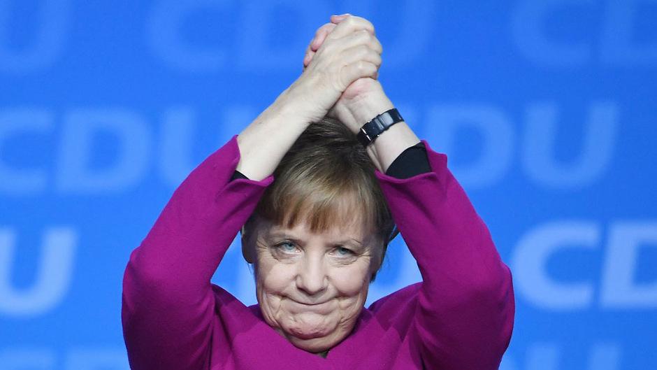 """Angela Merkel darf sich erneut über den Titel der """"mächstigsten Frau der Welt"""" freuen."""