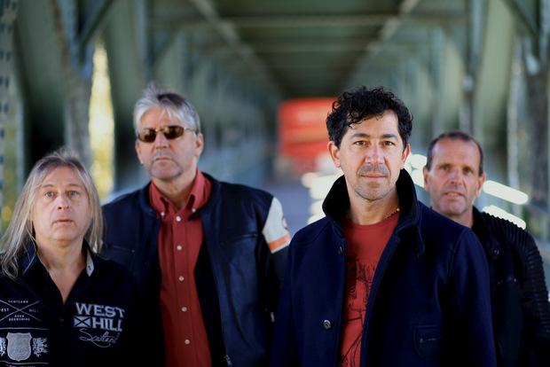 """Seit mittlerweile zehn Jahren rockt die vierköpfige Band """"Naked Truth"""" Tirol."""