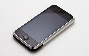 Erst zwei Jahre nach Merkels ersten Kanzlerwahl kam das iPhone auf den Markt.