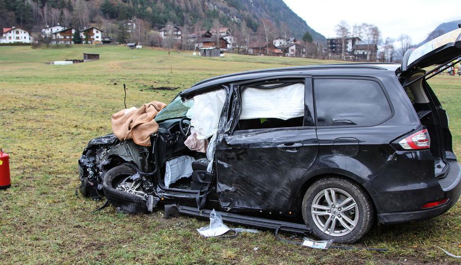 Das Auto wurde erheblich beschädigt.